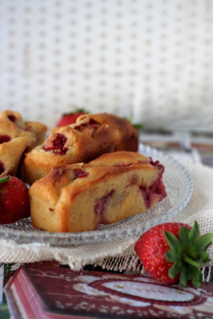 Plumcake Soffici Ricotta E Fragole Mini Strawberry Cakes